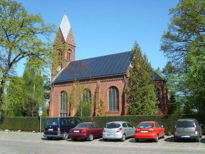Greifswald_Dorfkirche-Wieck_May-2009_SL272548