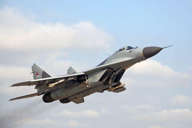 Serbian_mig-29_missiles