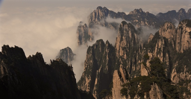 huangshan-crags