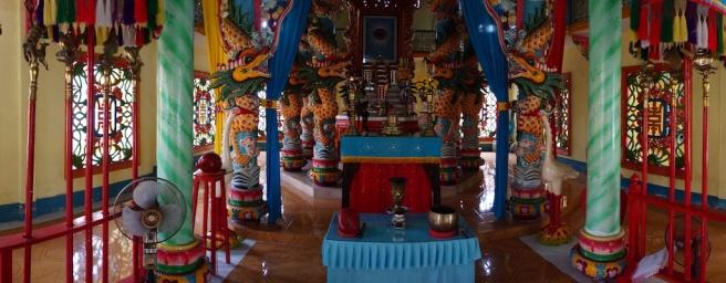 combo-buddhist-temple-vietnam-2013